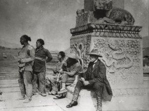 Hugo Schainsland, gründer des Übersee-Museums, auf einer Expeditionsreise